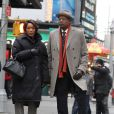 Forest Whitaker et Angela Bassett en attente sur le tournage du film Black Nativity à Times Square, New York City, le 5 février 2013.
