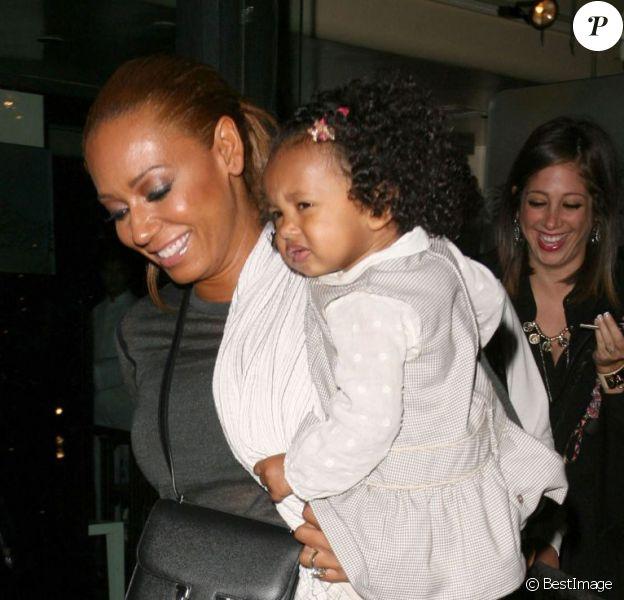 Mel B, ex-membre des Spice Girls, emmène ses filles Phoenix, Angel et Madison dîner au restaurant Mr.Chow à Beverly Hills, le 19 février 2013.