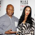"Mike Tyson et sa femme Lahika ""Kiki"" Tyson au Longacre Theatre de New York le 2 août 2012"