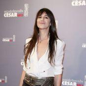 César 2013 : Charlotte Gainsbourg, divine et émue, illumine le défilé de stars