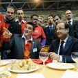 Le président François Hollande en visite au 50e Salon de l'Agriculture, à la Porte de Versailles, à Paris, le 23 février 2013.