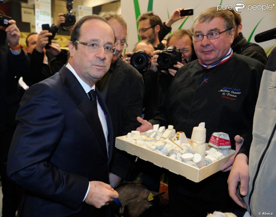 Le pr sident fran ois hollande en visite au 50e salon de l for Porte de versailles salon de l agriculture