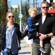 Rebecca Gayheart et Eric Dane font du shopping à Los Angeles, le 23 février 2013.