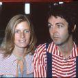 Paul McCartney et Linda à Londres, en 1976.