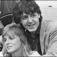 paul mccartney toujours marqu par le d c s de sa m re quand il avait 14 ans. Black Bedroom Furniture Sets. Home Design Ideas