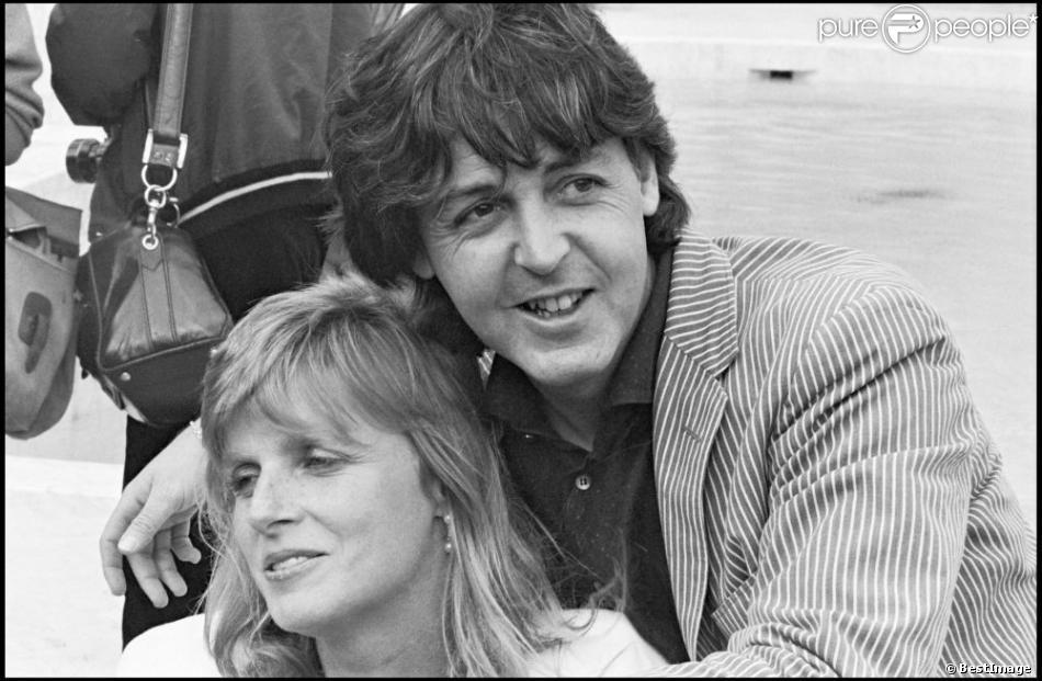 Paul McCartney et Linda à Cannes en 1980.