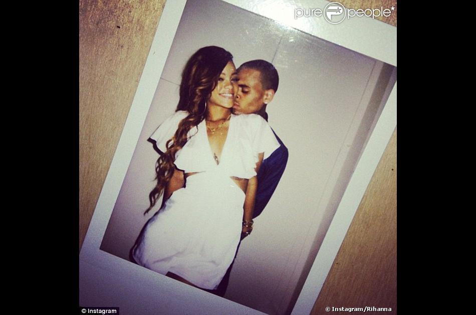 Rihanna A Nu La Star Se Livre Un Bebe Avec Chris Brown