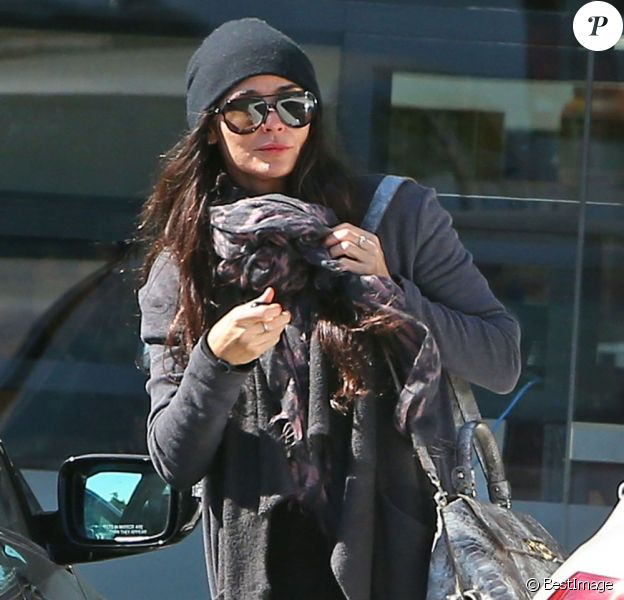 Exclu- Demi Moore quitte le centre de nutrition Great Earth Vitamins dans les rues de West Hollywood, à Los Angeles, le 11 février 2013.
