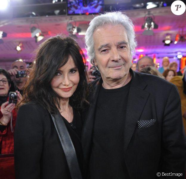 Evelyne Bouix et Pierre Arditi à l'enregistrement de l'émission Vivement Dimanche à Paris le 27 février 2013 et qui sera diffusée le 3 mars.