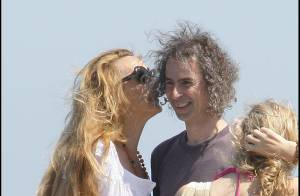 PHOTOS : Jerry Hall, vacances en famille à Saint-Tropez !