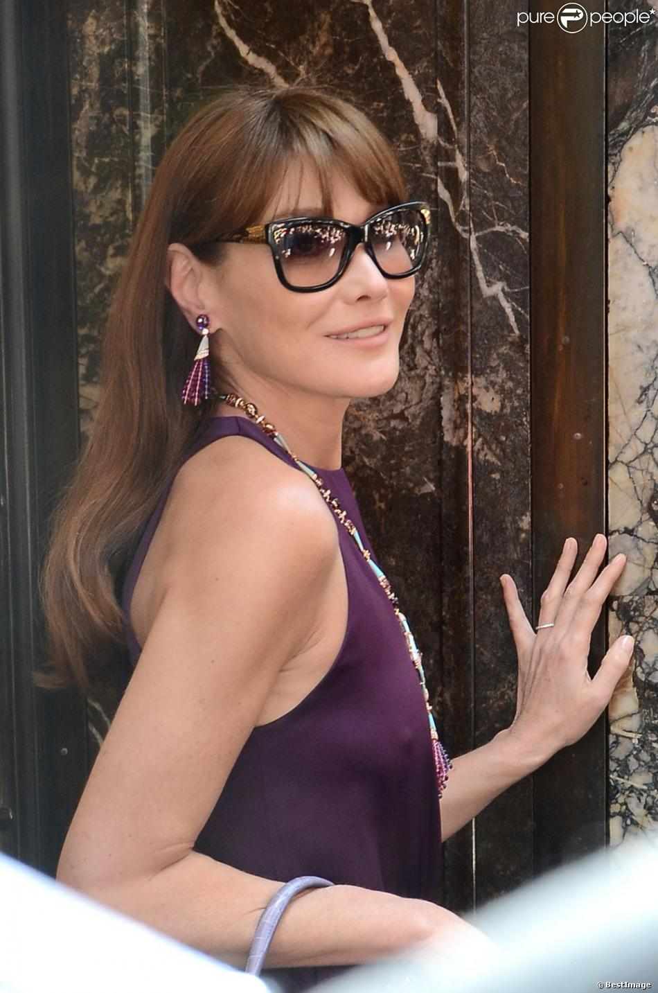 2805256b767 La splendide Carla Bruni pose pour le photographe Terry Richardson à Rome
