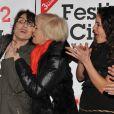 Chantal Lauby, Nicole Croisille, Barbara Cabrita s'éclatent à la soirée de clôture du Festival 2 Cinéma de Valenciennes le 24 mars 2013.