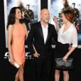 Emma Heming, Bruce Willis, Rumer Willis en famille à la première de G.I. Joe : Conspiration au TCL Chinese Theatre de Hollywood, Los Angeles, le 28 mars 2013.