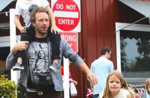 Chris Martin : Sans Gwyneth Paltrow, papa cool avec ses enfants Apple et Moses