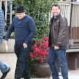 Exclusif - Chaz Bono et un ami sont allés déjeuner au restaurant Le Pain Quotidien dans le quartier de West Hollywood, le 31 mars 2013.