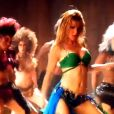 "Heather Morris revisite Britney Spears dans ""Glee""."