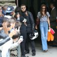 David et Victoria Beckham ont emmené leurs enfants Brooklyn, Romeo, Cruz et Harper au restaurant 'Le Jules Verne' situé au deuxième étage de la Tour Eiffel. A Paris le 5 mai 2013.