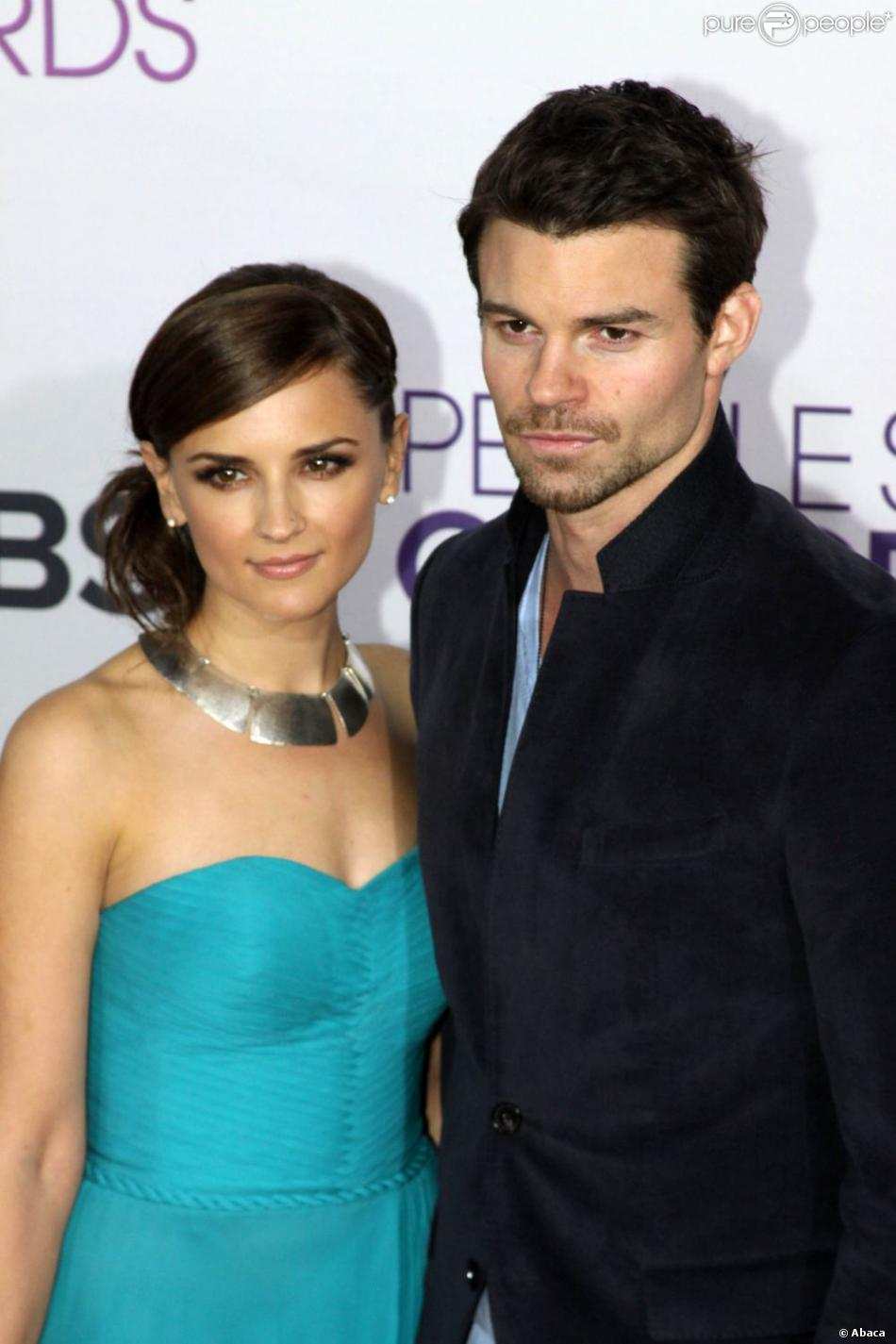 Rachael Leigh Cook et Daniel Gillies lors du People's Choice Awards 2013 au Nokia Theater de Los Angeles le 9 janvier 2013