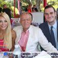 Crystal Harris, Hugh Hefner et son fils Cooper Hefner - Déjeuner célébrant la Playmate de l'année 2013, Raquel Pomplun, à la Playboy Mansion (Holmby Hills) le 9 mai 2013.