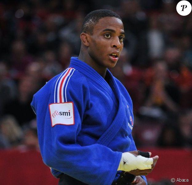 Loïc Korval au tournoi de Bercy en février 2011. Dans la nuit du 16 au 17 mai 2013, le judoka de l'ACBB a été placé en garde à vue après avoir percuté un agent de police en tentant de fuir une interpellation...