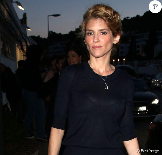 Alice Taglioni arrive au dîner Vanity Fair et Chanel au restaurant Chez Tetou le 19 mai 2013