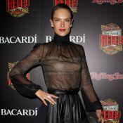 Alessandra Ambrosio, femme fatale en célibataire avec Jamie Foxx