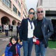 Flavio Briatore, sa femme Elisabetta Gregoraci et leur fils Falco Nathan dans les allées du paddock du Grand Prix de F1 de Monaco le 25 mai 2013