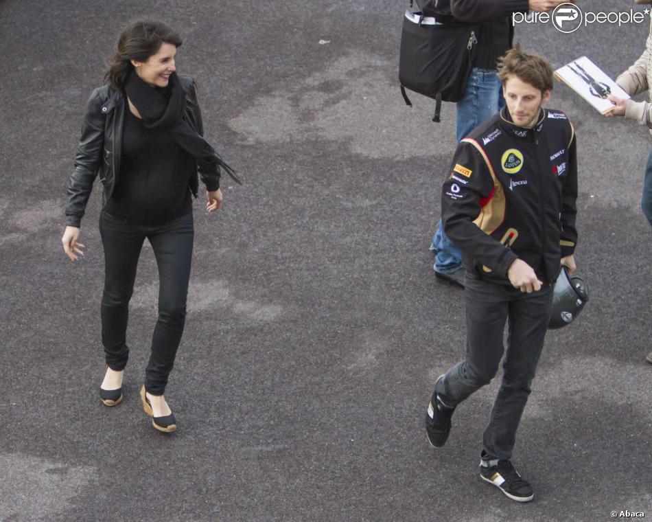Romain Grosjean, Marion Jollès dans les allées du paddock du Grand Prix de F1 de Monaco le 25 mai 2013