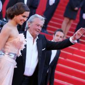 Cannes 2013 : Alain Delon et Marine Lorphelin complices