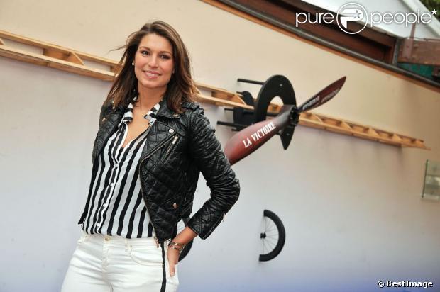 Laury Thilleman au Village Roland-Garros le 26 Mai 2013 lors du premier jour des internationaux de France