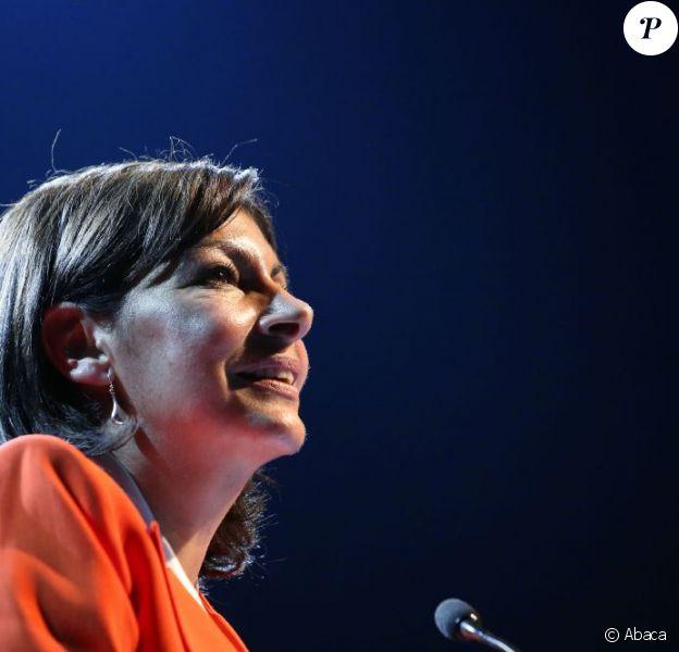 Anne Hidalgo, candidate socialiste à la mairie de Paris, lors de son premier grand meeting de campagne au Bataclan le 28 mai 2013.