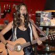 Exclusif - Vanille Clerc, fille de Julien Clerc, en concert à Paris, le 28 mai 2013.