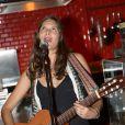 Exclusif - Vanille Clerc, fille de Julien Clerc, en concert à la Gioia à Paris, le 28 mai 2013.