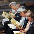 La famille royale au premier rang à l'abbaye de Wesminster, à Londres, le 4 juin 2013, commémorant les 60 ans du couronnement de la reine Elizabeth II, assuré par l'archevêque de Canterbury Justin Welby et le doyen de Westminster John Hall.