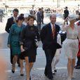 Eugenie et Beatrice d'York arrivent avec le comte et la comtesse de Wessex à l'abbaye de Wesminster, à Londres, le 4 juin 2013, pour un service spécial commémorant les 60 ans du couronnement de la reine Elizabeth II, assuré par l'archevêque de Canterbury Justin Welby et le doyen de Westminster John Hall.