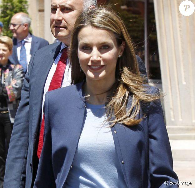 La princesse Letizia d'Espagne à Oviedo le 4 juin 2013 pour la remise des prix de la solidarité ONCE Asturies.