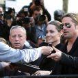 Brad Pitt fait la promotion à Londres et à Paris avec sa fiancée Angelina Jolie du film World War Z - 2 et 3 juin 2013
