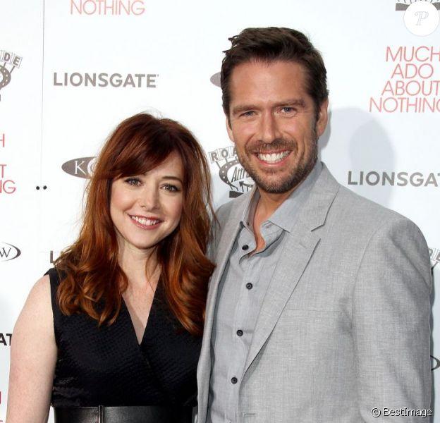 Alexis Denisof et Alyson Hannigan à la première du film Much Ado About Nothing à Hollywood, le 5 Juin 2013.