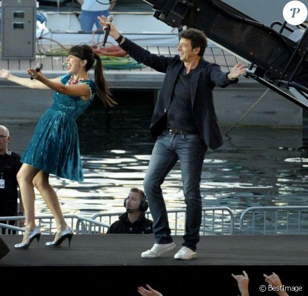 Nolwenn Leroy et Patrick Bruellors de la fête de la musique sur France 2 eten direct de Marseillele 21 juin 2013.