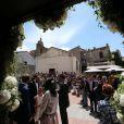 Le mariage religieux de Thomas Langmann et Céline Bosquet à Porto-Vecchio en Corse le 22 juin 2013 : en l'église Saint-Jean-Baptiste sous le soleil de plomb