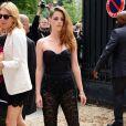 L'actrice Kristen Stewart arrive à la Villa Montmorency pour assister au défilé haute couture de Zuhair Murad. Paris, le 4 juillet 2013.