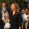 Valérie Trierweiler et la ministre de la Francophonie Yamina Benguigui en visite humanitaire à Bujumbura au Burundi le 9 juillet 2013.