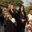 Valérie Trierweiler et Yamina Benguigui en visite humanitaire à Bujumbura au Burundi le 9 juillet 2013.