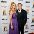 George Clooney et Stacy Keibler lors du Hollywood Film Awards Gala à Beverly Hilles le 24 octobre 2011