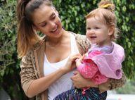 Jessica Alba : Look négligé mais maman sourire pour un brunch gourmand
