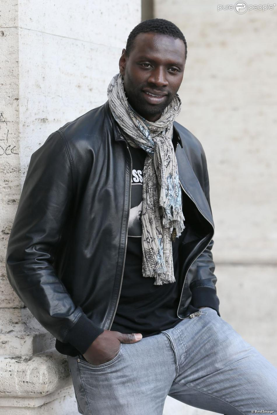 omar sy vu par hugh jackman 39 toutes les femmes de l 39 quipe l 39 adorent 39 purepeople. Black Bedroom Furniture Sets. Home Design Ideas