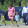 Nick Clegg (Vice-Premier ministre du Royaume-Uni) passe ses vacances avec sa femme Miriam et ses enfants Antonio, Miguel et Alberto à Olmedo en Espagne le 25 juillet 2013.