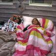 Clara et Emilie dans la Love Room dans Secret Story 7