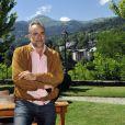 """Antoine Duléry devant un superbe décor sur le dernier jour de tournage du film """"Salaud, on t'aime"""" à Saint-Gervais-les-Bains, le 31 juillet 2013."""