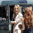 """Pauline Lefèvre hilare pendant le dernier jour de tournage du film """"Salaud, on t'aime"""" à Saint-Gervais-les-Bains, le 31 juillet 2013."""